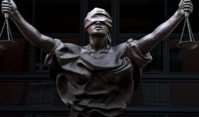 ძალაუფლების საკითხი მართლმსაჯულების სისტემაში